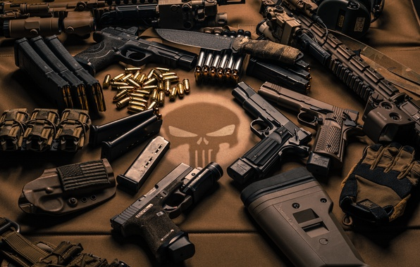Картинка оружие, пистолеты, нож, патроны