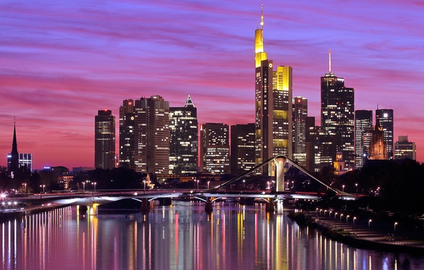 Картинка небо, закат, мост, город, огни, отражение, река, здания, дома, небоскребы, вечер, Германия, освещение, подсветка, высотки, …