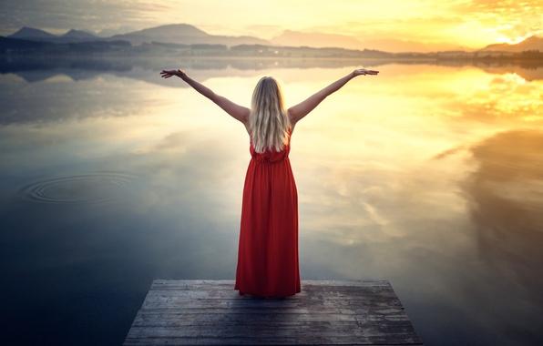 Картинка девушка, озеро, платье, Red Dress at the Lake