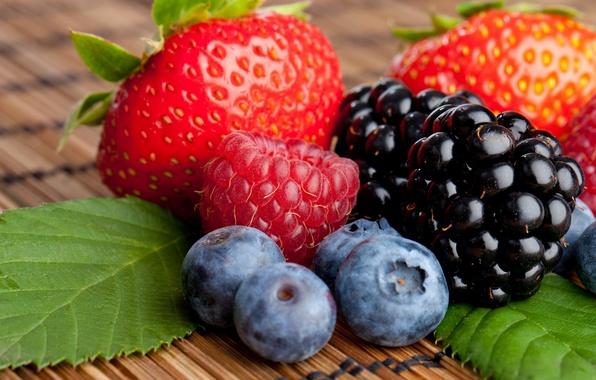Картинка ягоды, малина, черника, клубника, ежевика