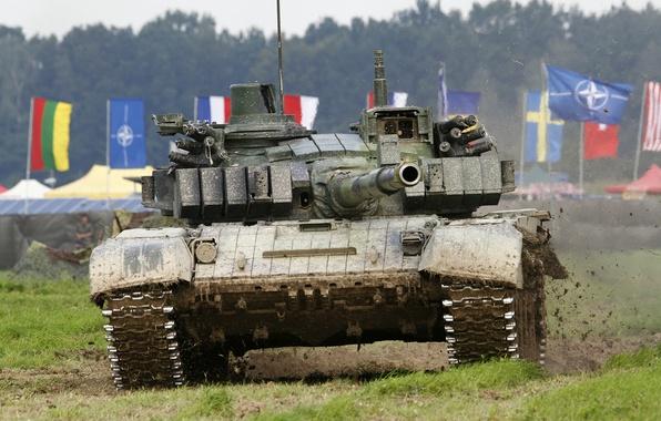 Картинка поле, танк, ствол, боевой, бронетехника, Т-72