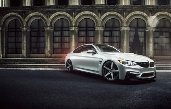 Картинка белый, здание, бмв, BMW, white, Coupe, front, F82, Ciprian Mihai