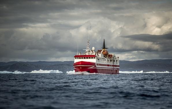 Картинка лед, море, облака, холмы, корабль