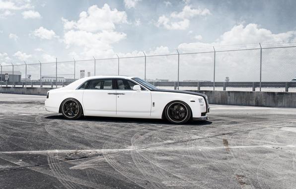 Картинка car, тюнинг, Rolls-Royce, white, Ghost, tuning, автообои