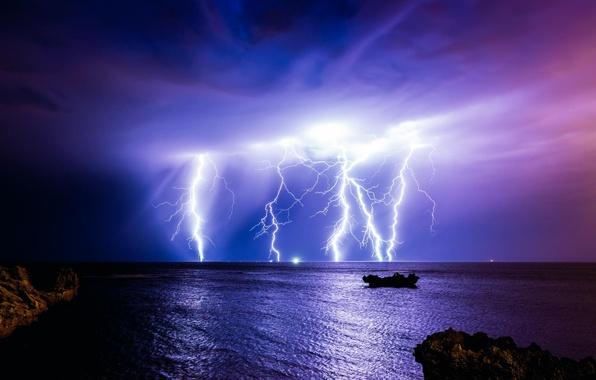 Картинка гроза, ночь, тучи, шторм, природа, океан, молния, Австралия