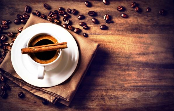 Картинка стол, чашка, царапины, напиток, корица, кофейные зёрна, блюдце, салфетка