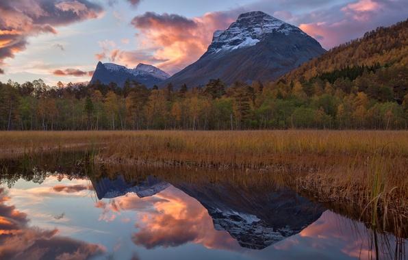 Картинка осень, лес, небо, горы, озеро, отражение, гора