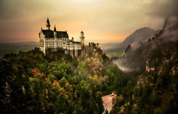 Картинка лес, небо, горы, замок, Neuschwanstein, бавария, германия, деревь
