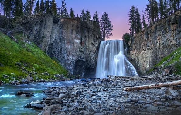 Картинка лес, деревья, пейзаж, закат, природа, река, камни, водопад, поток, Скалы