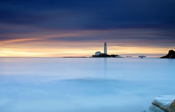 Картинка небо, камни, маяк, Англия, корабли, утро, выдержка, Великобритания, северное море, St Mary's Lighthouse, Whitley Bay, …