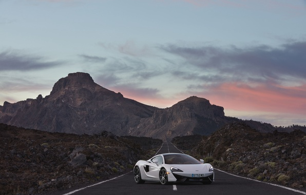 Картинка дорога, небо, McLaren, суперкар, автомобиль, красивый, макларен, 570GT