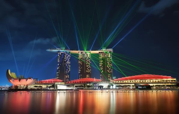 Картинка небо, ночь, lights, огни, отражение, небоскребы, подсветка, залив, Сингапур, архитектура, мегаполис, sky, night, Singapore, reflection, …