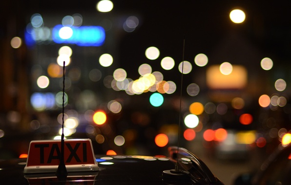 Картинка авто, машины, ночь, огни, темнота, надпись, табличка, фары, антенна, вечер, такси, автомобиль, красный цвет, TAXI, …