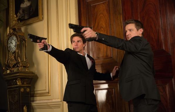 Картинка оружие, пистолеты, кадр, Том Круз, Tom Cruise, Джереми Реннер, Jeremy Renner, Ethan Hunt, Mission: Impossible ...