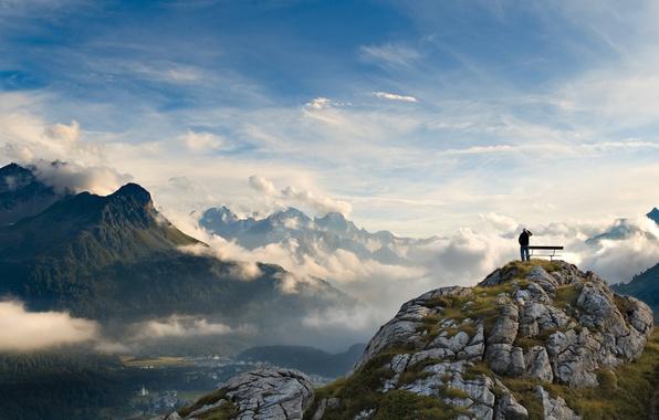 Картинка небо, облака, деревья, пейзаж, горы, фото, обои, человек, высота, красота, долина, панорама, восторг