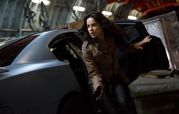Картинка взгляд, девушка, актриса, брюнетка, Мишель Родригес, Michelle Rodriguez, The Fast and the Furious 6, Форсаж …