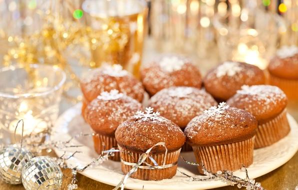 Картинка шарики, праздник, Новый Год, Рождество, десерт, выпечка, ленточки, сладкое, кексы