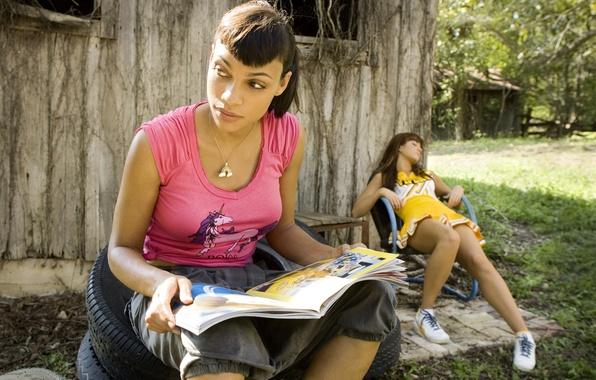 Картинка девушки, кино, фильм, обои, wallpaper, шины, журнал, триллер, колёса, death proof, тарантино, доказательство смерти