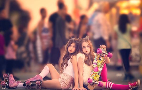 Картинка девочки, ролики, гольфы, ушки, Meg Bitton