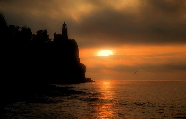 Картинка море, закат, скала, маяк