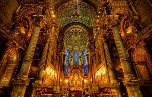 Картинка свет, церковь, собор, витражи, религия, колонна