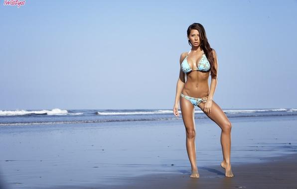 Madison Ivy 3