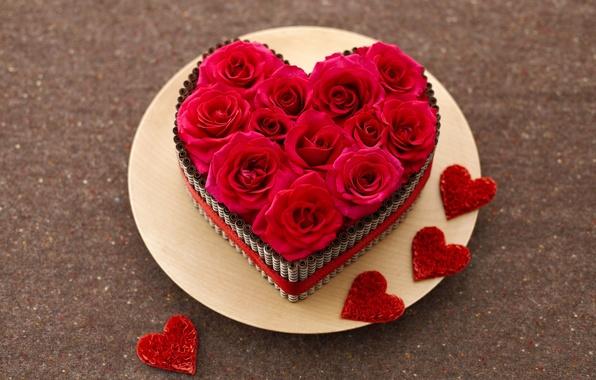 Картинка цветы, сердце, розы, тарелка, сердечки, красные, бутоны