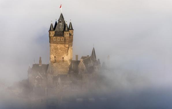 Картинка город, туман, замок, Германия, Germany, fog, mist, Кохем, haze, Reichsburg Cochem, Rhineland-Palatinate
