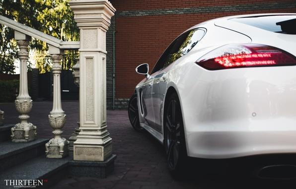 Картинка машина, авто, Porsche, Порш, Panamera, фонарь, auto, Панамера