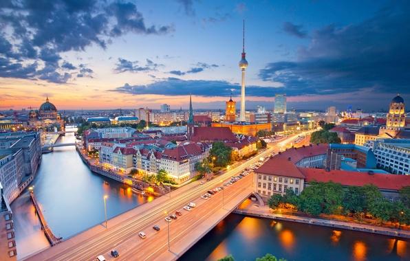 Картинка ночь, огни, река, башня, дома, Германия, панорама, собор, Берлин