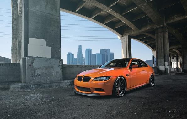 Картинка оранжевый, мост, bmw, бмв, опоры, вид спереди, orange, e92