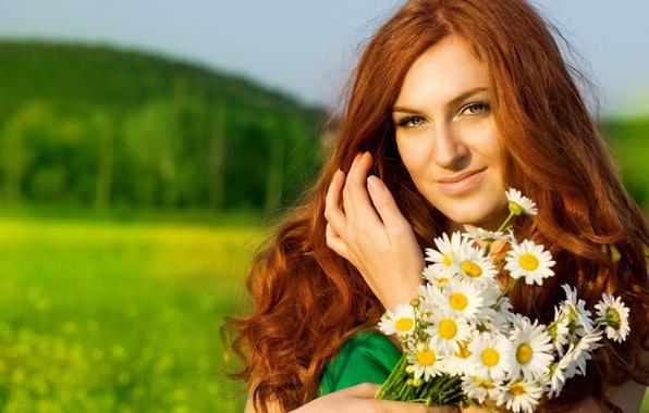 Картинка девушка, цветы, ромашки, рыжеволосая