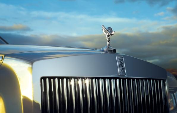 Картинка небо, Phantom, Rolls Royce, лимузин, фантом, решетка радиатора, дух экстаза, Spirit of Ecstasy, роллс ройс