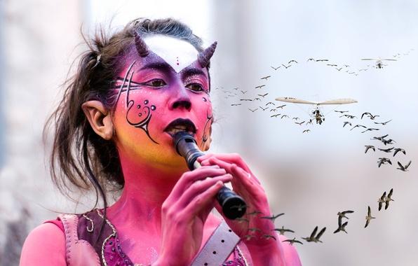 Картинка девушка, птицы, макияж, полёт, грим, дудочка