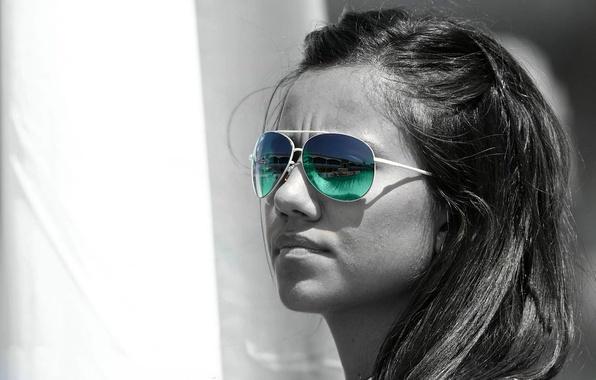 Картинка белое, красочные очки, Черно