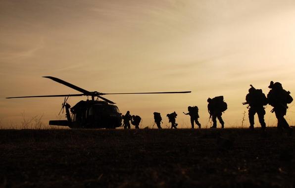 Картинка вертолет, солдаты, посадка, военные, Night Hawk