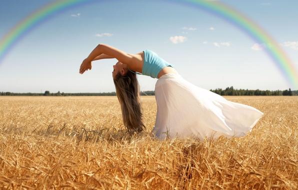 Картинка пшеница, поле, небо, листья, девушка, деревья, природа, поза, фон, движение, дерево, widescreen, обои, настроения, листва, …