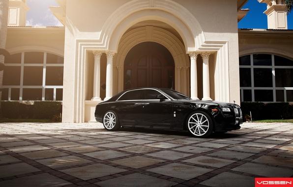 Картинка здание, Rolls Royce, Ghost, Vossen Wheels