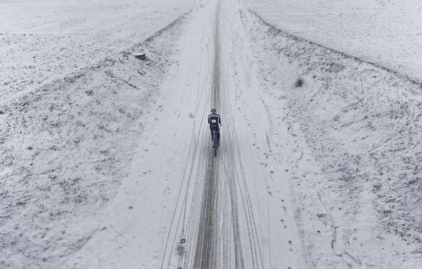Картинка дорога, снег, велосипед