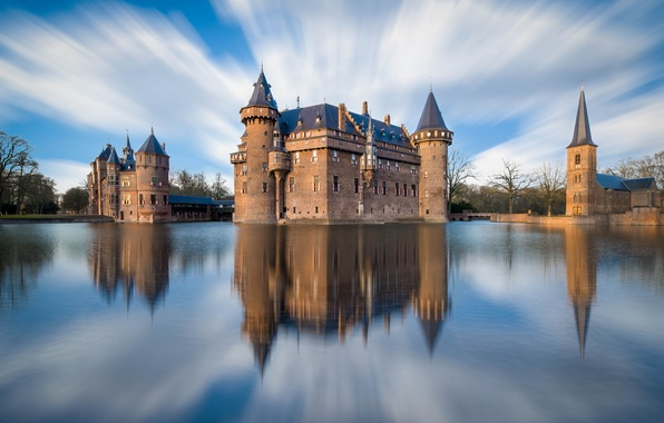 Картинка небо, облака, город, отражение, река, замок, Нидерланды, Де Хаар, Утрехт
