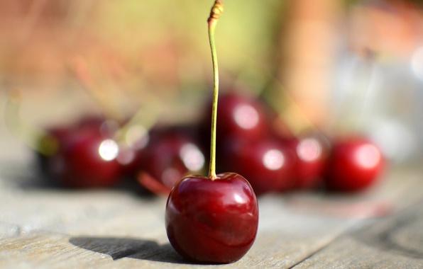 Картинка макро, вишня, стол, ягода, черешня, сладка