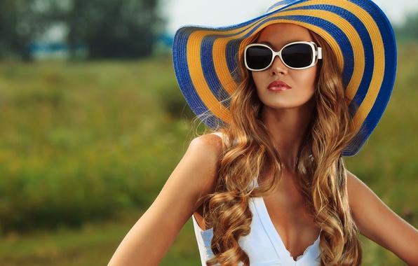 Картинка лето, девушка, лицо, шляпа, очки, шатенка, красивая, загорелая