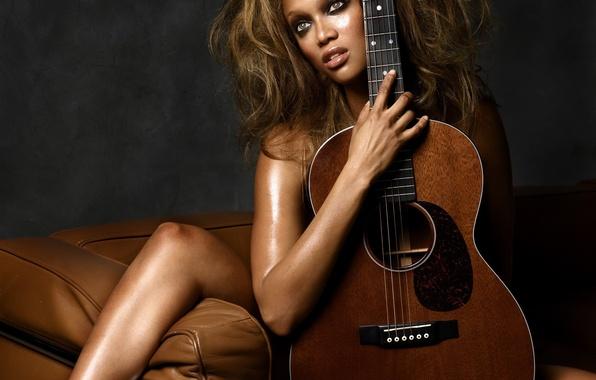 Картинка музыка, диван, гитара