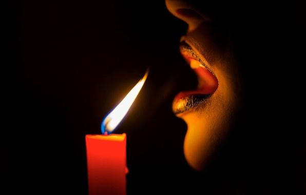 Картинка темнота, огонь, свеча, дыхание, губы