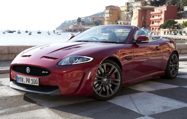 Картинка красный, берег, Jaguar, дома, яхты, Ягуар, суперкар, кабриолет, передок, Convertible, XKR-S