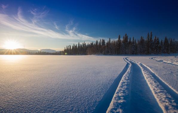 Картинка зима, лес, снег, закат, озеро, Рука, колея, Финляндия, Finland, Kuusamo, Ruka, Куусамо