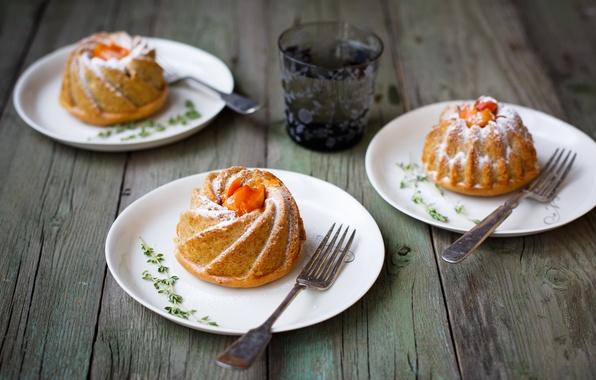 Картинка стакан, тарелки, фрукты, абрикос, выпечка, кексы, вилки, Julia Khusainova, абрикосовые