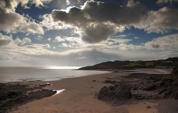 Картинка песок, море, пляж, облака, камни