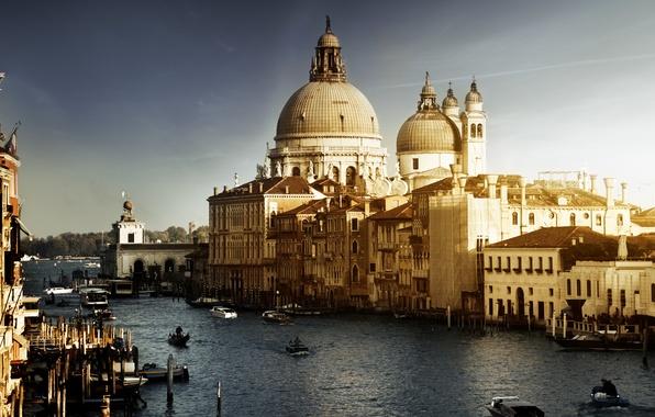 Картинка здания, лодки, Италия, Венеция, канал, архитектура, Italy, гондолы, Venice