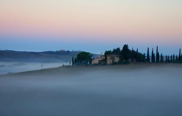 Картинка небо, деревья, туман, дом, холмы, утро, Италия, Тоскана